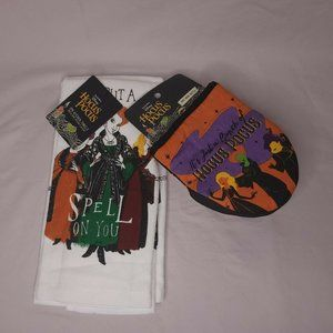 Disney Hocus Pocus 2 Pack of Kitchen Towels 2 Pack Oversized Mini Mitts